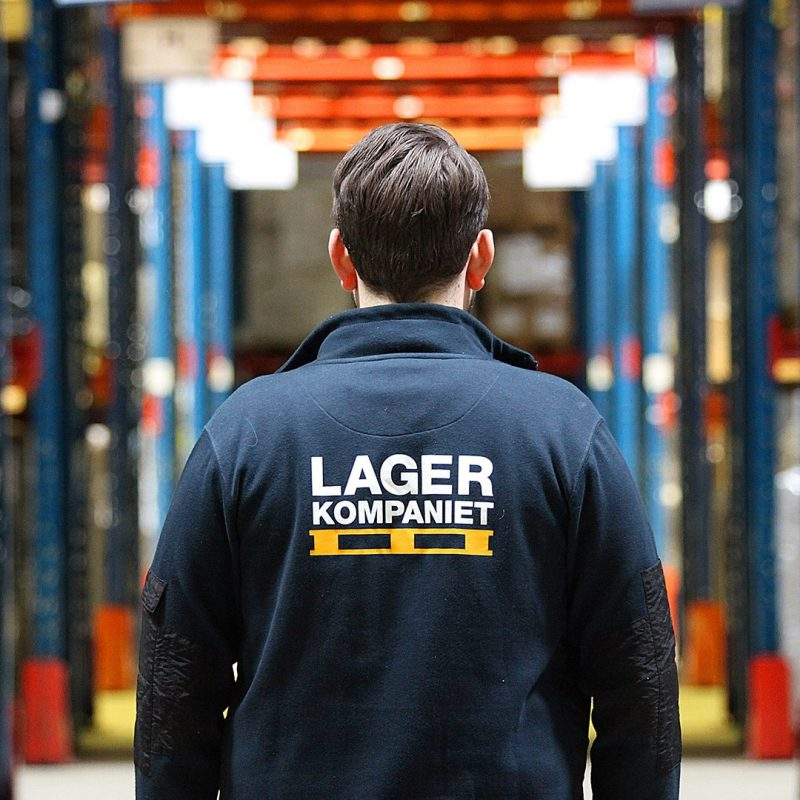 Lagerkompaniet erbjuder skräddarsydda lösningar inom lagerhantering efter kundens unika lagerbehov, oavsett bransch, företagsstorlek eller typ av gods.